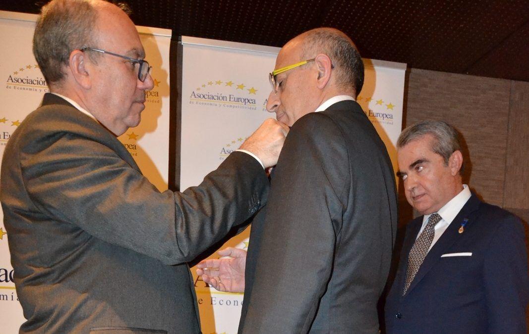 Medalla de Oro al Mérito en el Trabajo para Ricopia Technologies