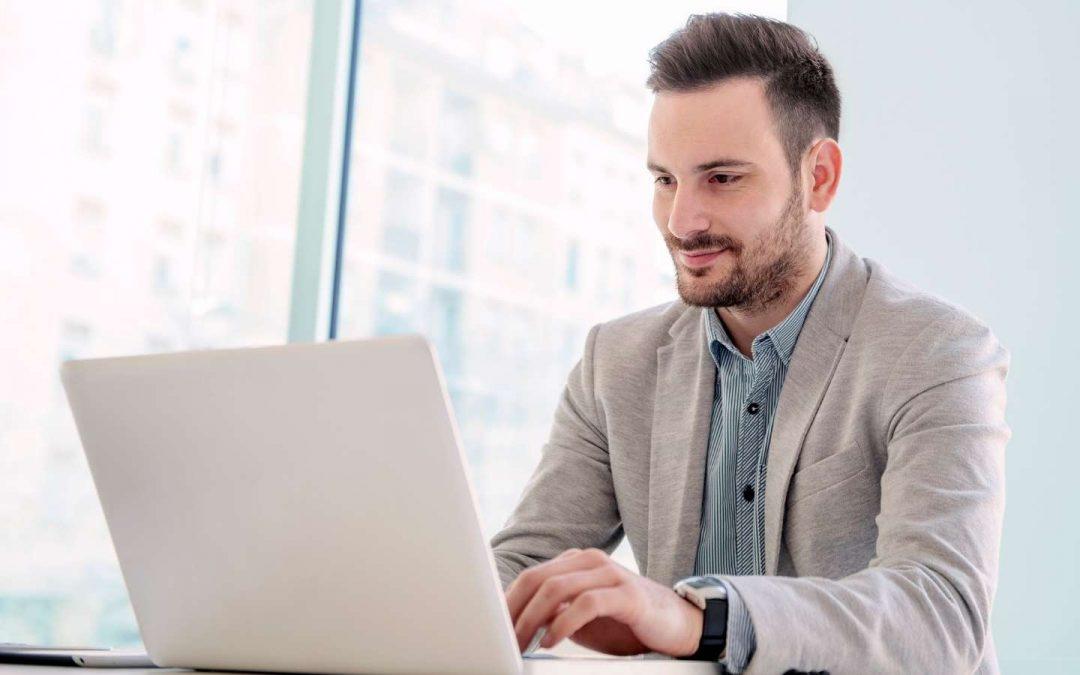 El nuevo empleado híbrido: qué es y cómo influye en tu empresa